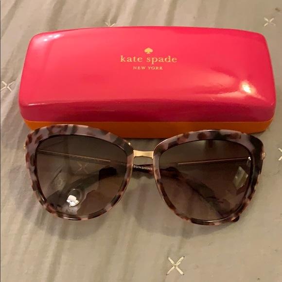 058958797a729 kate spade Accessories - Kate Spade Hello Sunshine Kandi sunglasses cat eye
